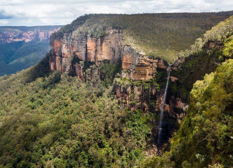 瀑布在蓝山山脉澳大利亚 免版税库存照片
