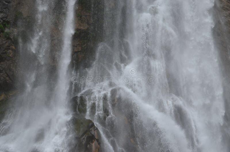 瀑布在阿布哈兹 免版税库存图片