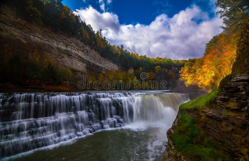 瀑布在Letchworth, NY 库存图片