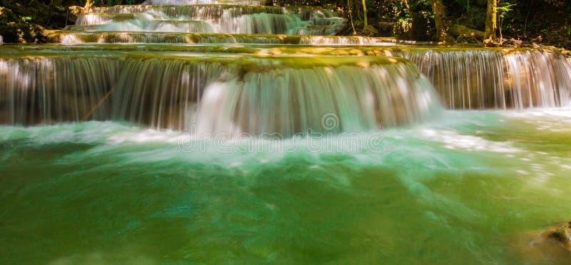 瀑布美丽在亚洲东南亚泰国 免版税库存图片
