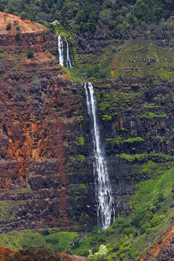 瀑布, Waimea峡谷,考艾岛,夏威夷 免版税图库摄影