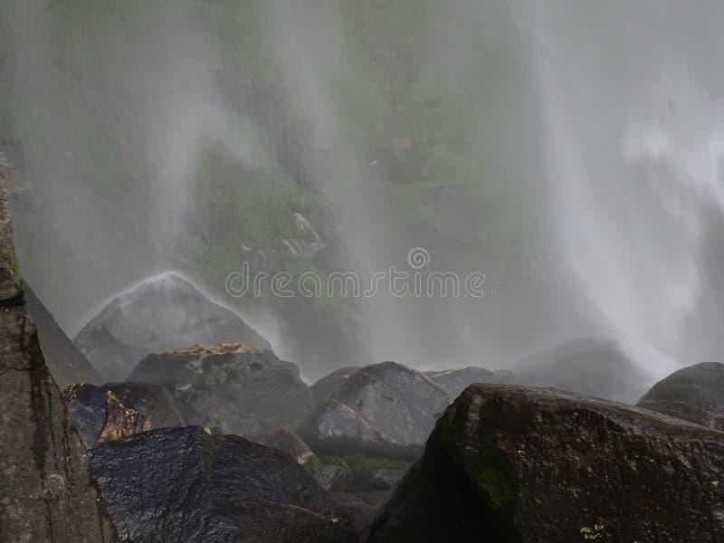 瀑布Vashist喜马偕尔邦 免版税库存照片