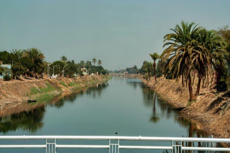 灌溉运河看法在埃及 库存照片