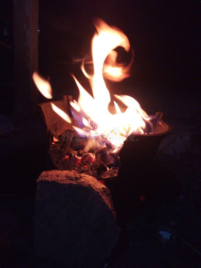 火和黑暗 图库摄影