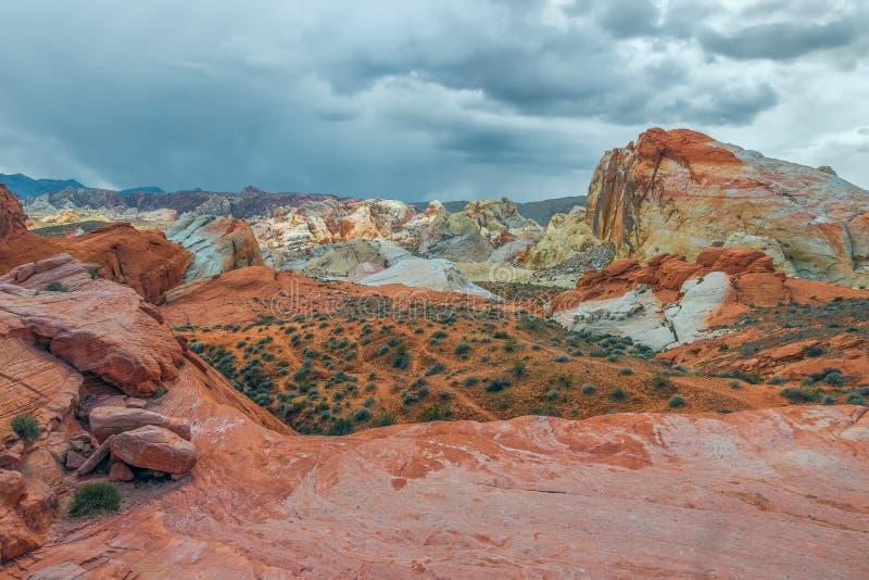 火国家公园谷被腐蚀的红色岩石风景  内华达 ?? 免版税库存照片