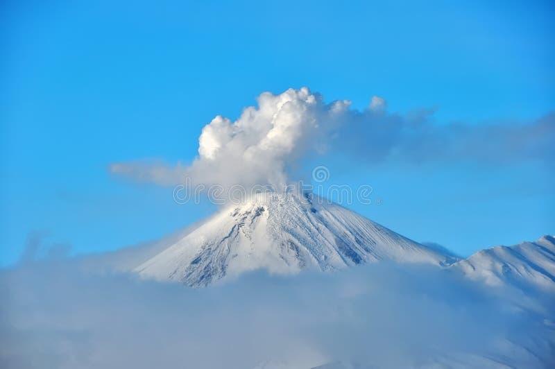 火山在俄国 库存图片