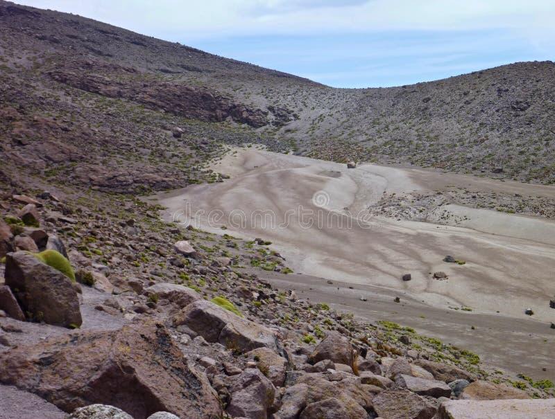 火山在阿雷基帕上的nevado chachani 免版税库存照片