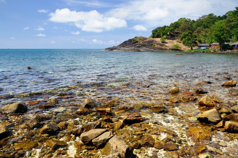 火山岩海滩和旅游胜地热带张岛,泰国的海岸线的 图库摄影