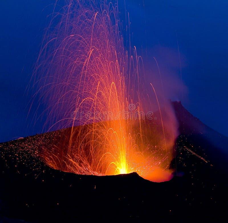 火山爆发 免版税库存照片