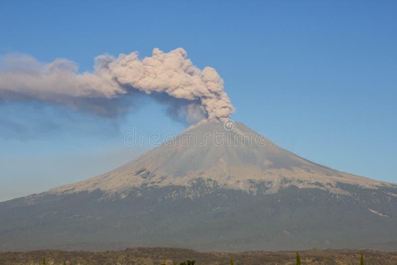 火山爆发popocatepetl 免版税库存图片