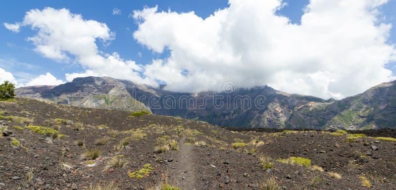 火山的山脉Velluda,在B的拉古纳de Laja国家公园 库存图片