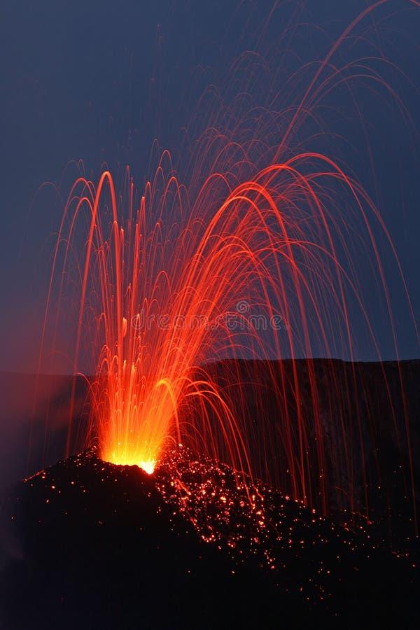 火山的爆发 免版税库存照片