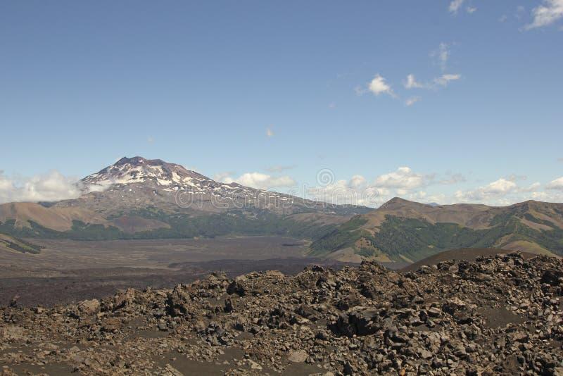 火山的风景在南智利 免版税库存图片