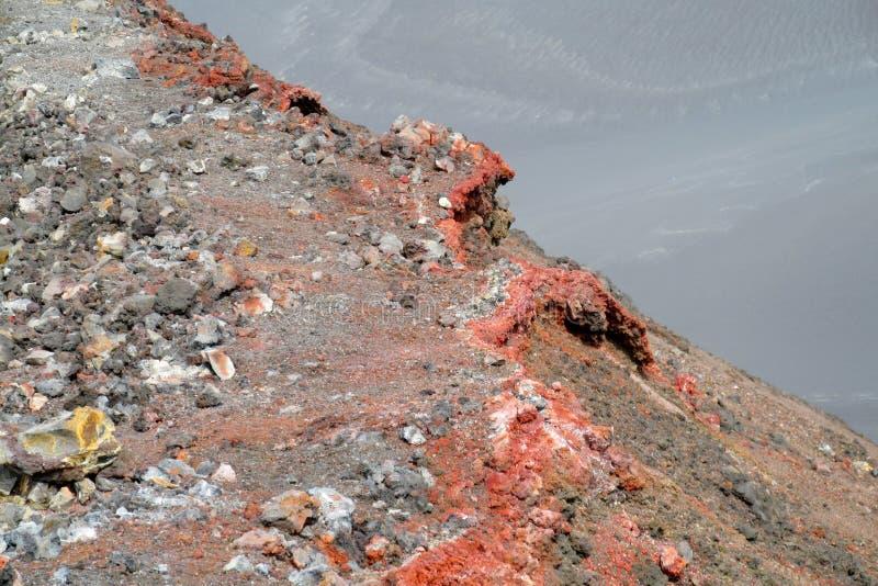 火山的结冰的熔岩岩石 免版税库存图片