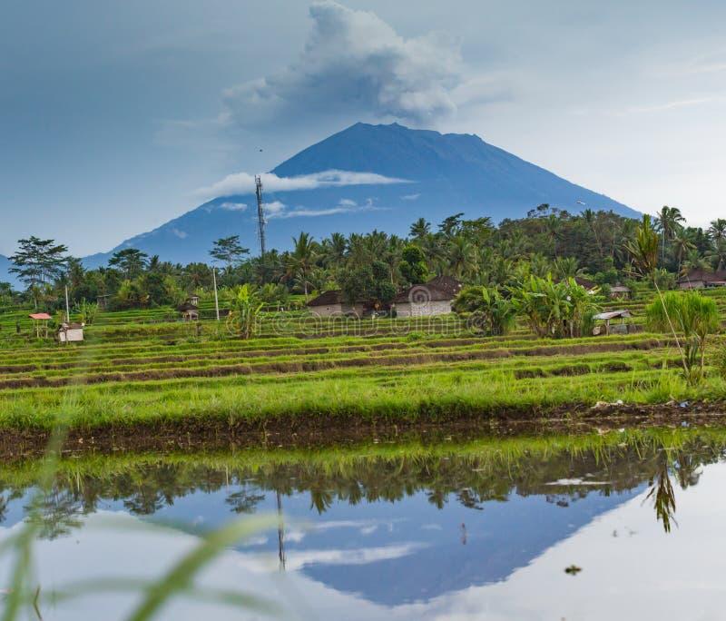 火山阿贡的爆发在巴厘岛 库存图片