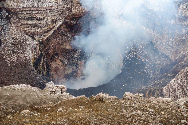 火山马萨亚的圣地亚哥火山口在尼加拉瓜 免版税库存照片