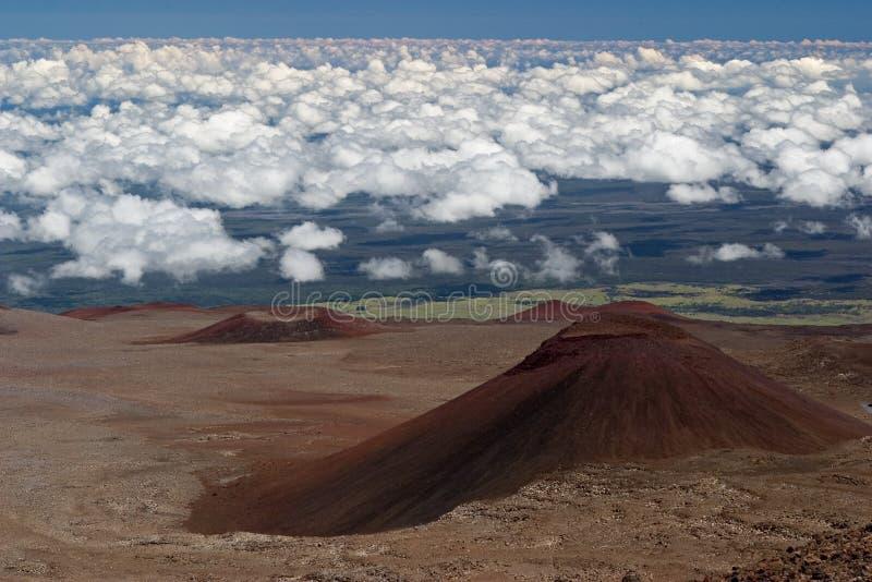 火山2个的锥体 库存照片