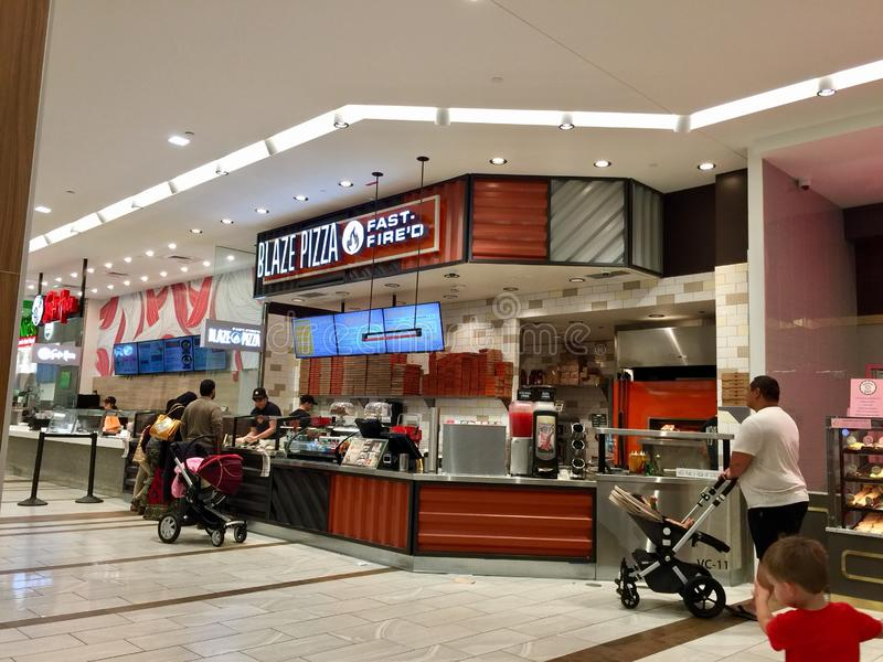 火焰薄饼Woodfield购物中心 免版税库存图片