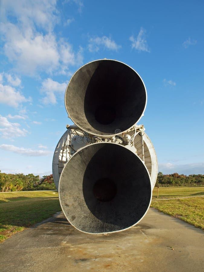 Download 火箭发动机 编辑类库存图片. 图片 包括有 canaveral, 结算, 探险, 佛罗里达, 引擎, 博物馆 - 22352199
