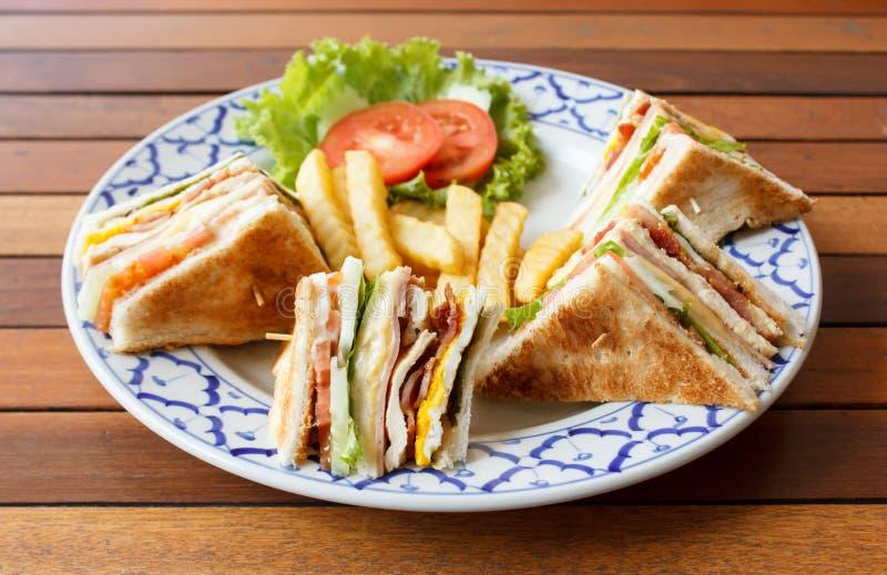 火腿乳酪三明治用煎蛋 免版税库存图片