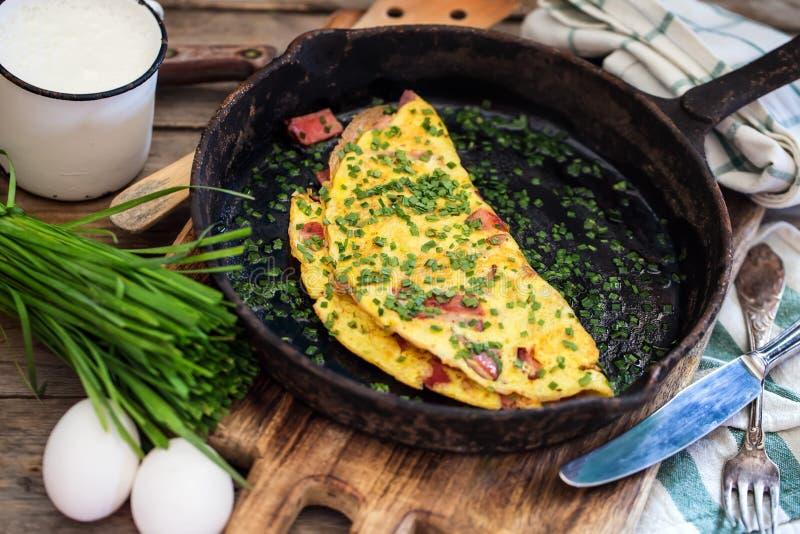 火腿和香葱omlette 免版税库存照片