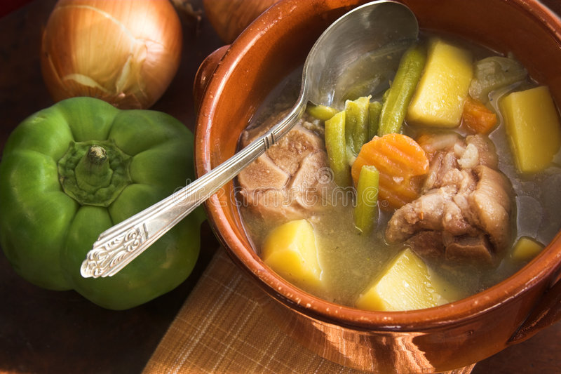 火腿炖煮的食物蔬菜 库存照片