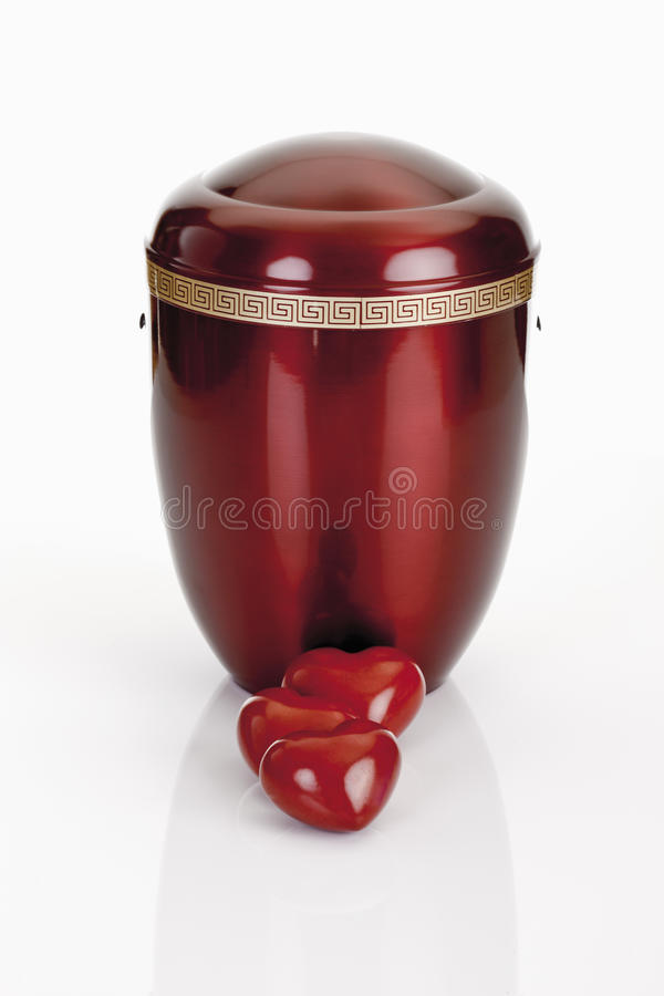 火葬缸和心脏 免版税库存图片