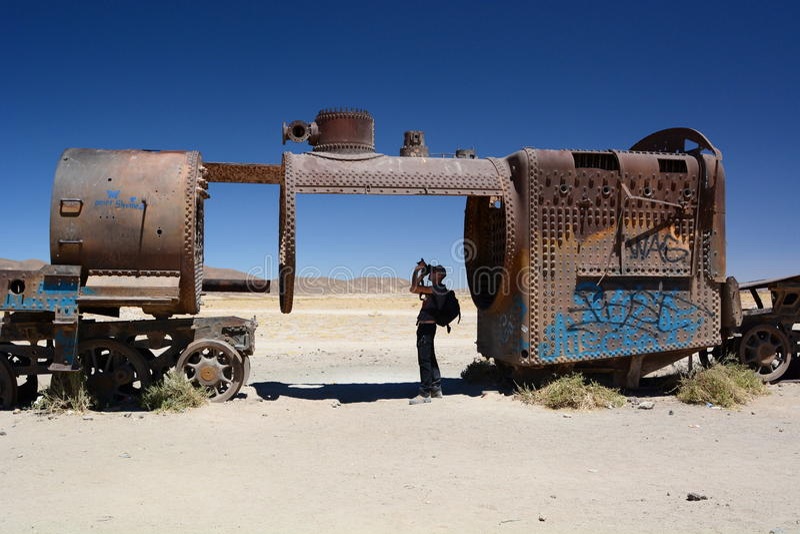 火车公墓的摄影师 Uyuni PotosÃ部门 流星锤 库存照片