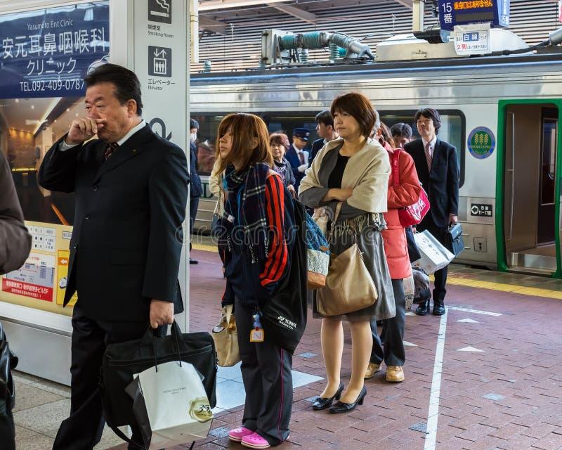火车通勤者在福冈 库存图片