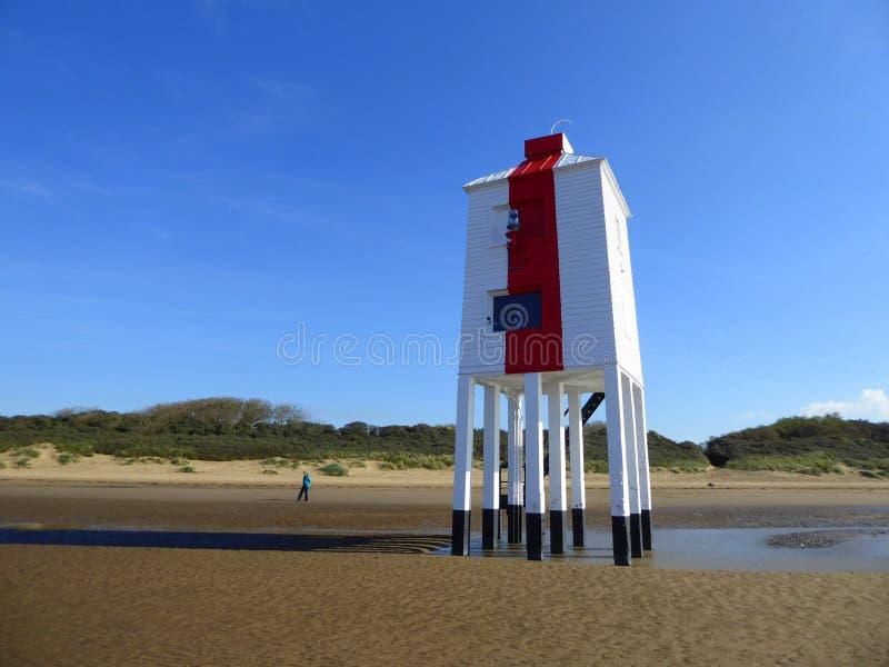 灯塔和沙丘 库存照片