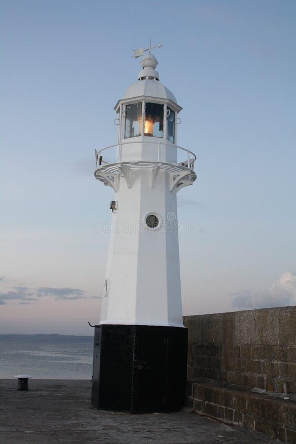 灯塔在Mevagissey,康沃尔郡,英国 图库摄影