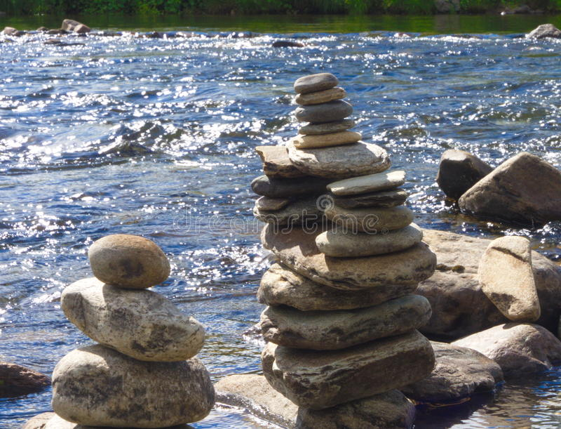 灯塔雕塑海运石头 库存图片