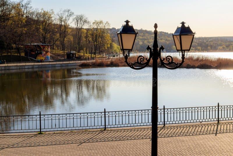 灯笼在磨房的谷公园 库存照片