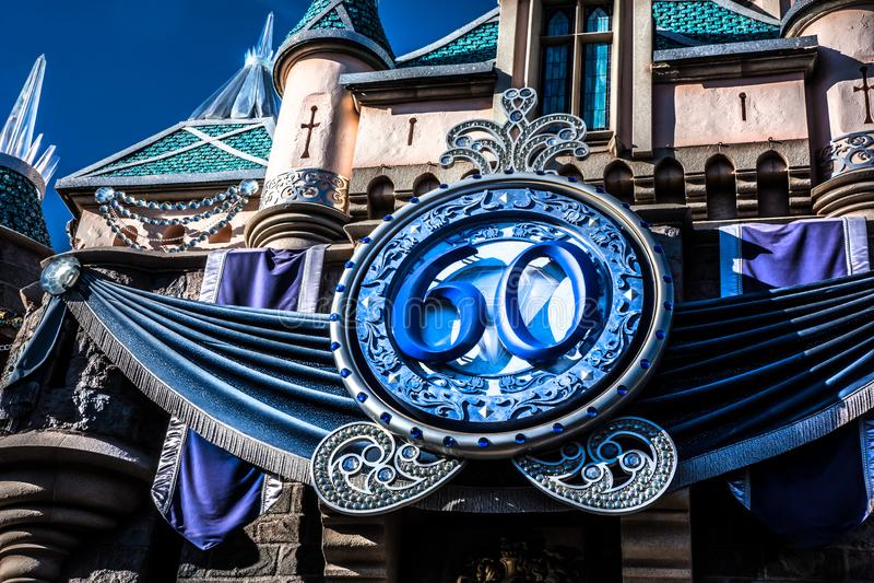 灰姑娘城堡迪斯尼乐园阿纳海姆特写镜头标志 免版税库存照片