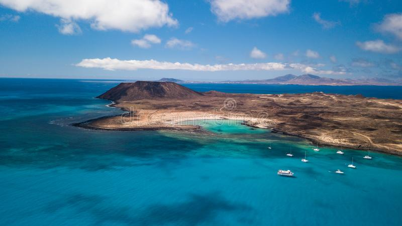 灰狼海岛,费埃特文图拉岛鸟瞰图  图库摄影