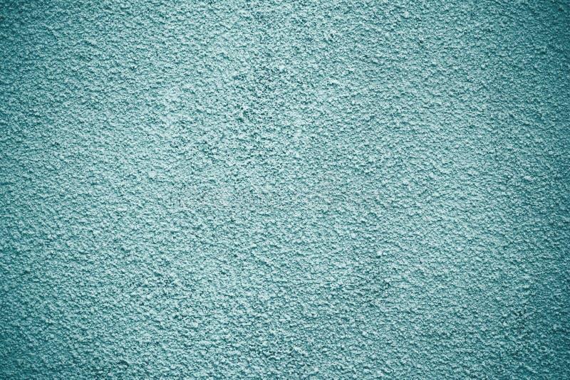 灰色,浅绿色的被绘的混凝土墙,水泥灰泥纹理 蓝色现代难看的东西背景 概略的纸表面 装饰sto 库存照片