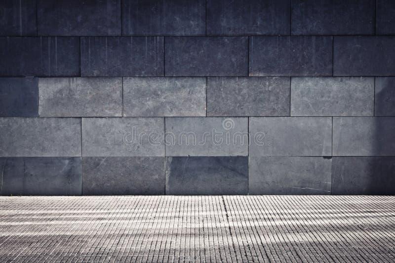 灰色grunge墙壁 库存图片