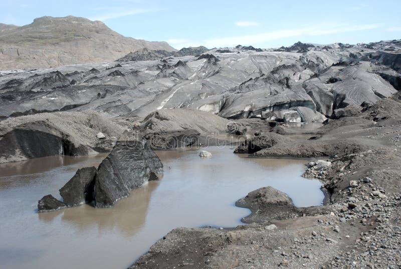 灰黑色包括冰川火山的冰岛 免版税库存图片
