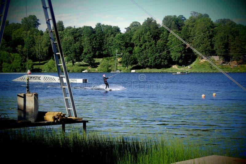 炫耀在平均Suzdal湖的比赛 免版税库存图片