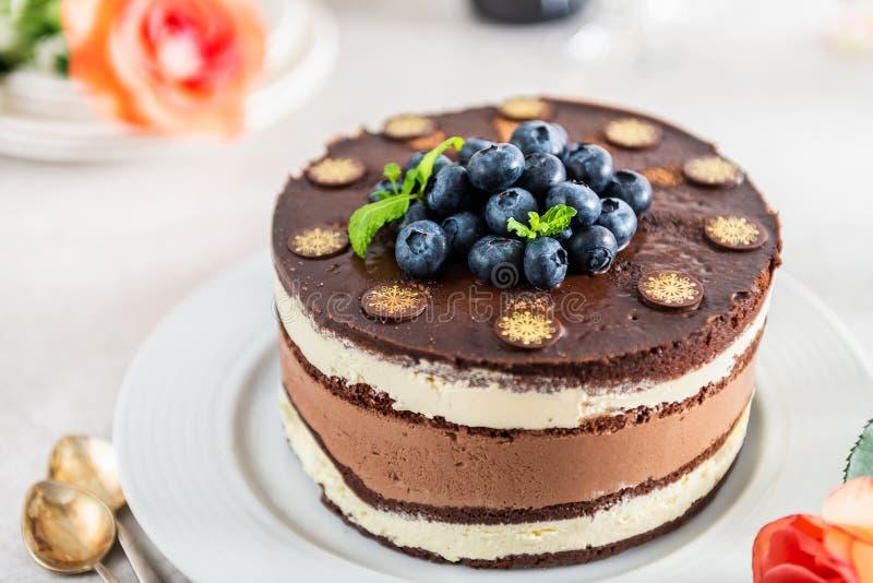 点心菜单比利时巧克力层状特制的糕饼 图库摄影