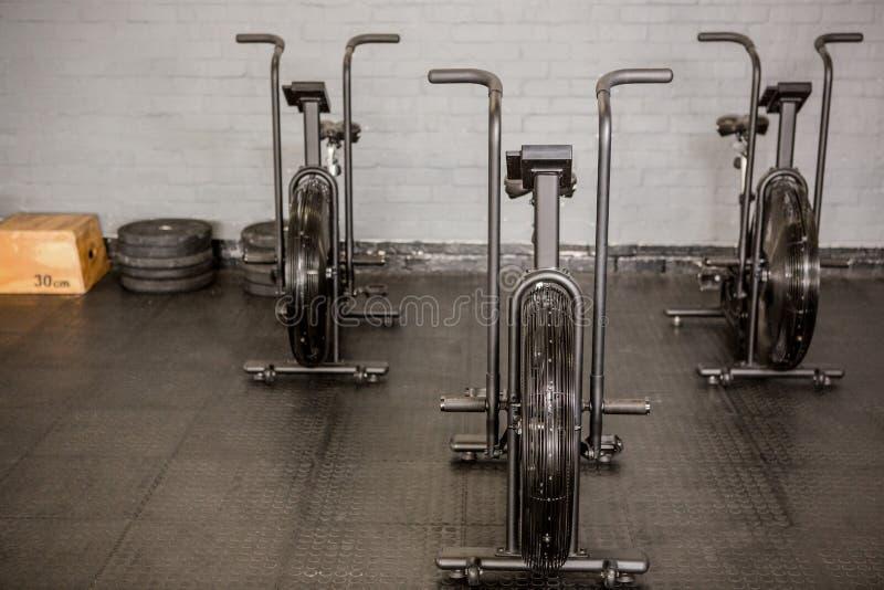 锻炼周期和设备 免版税库存照片