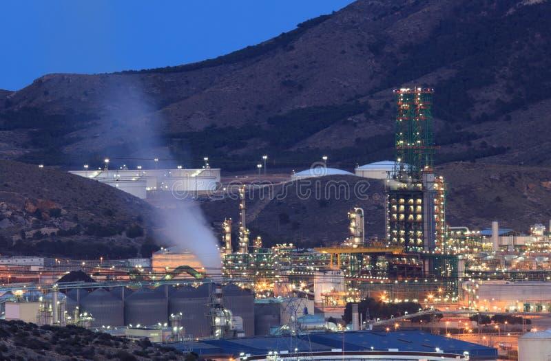 炼油厂设施 免版税图库摄影