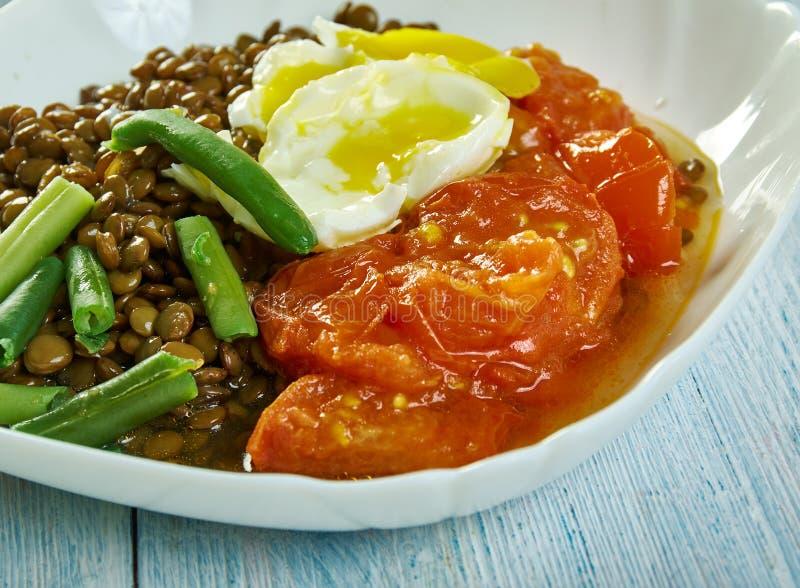 烘烤蕃茄和扁豆 库存图片