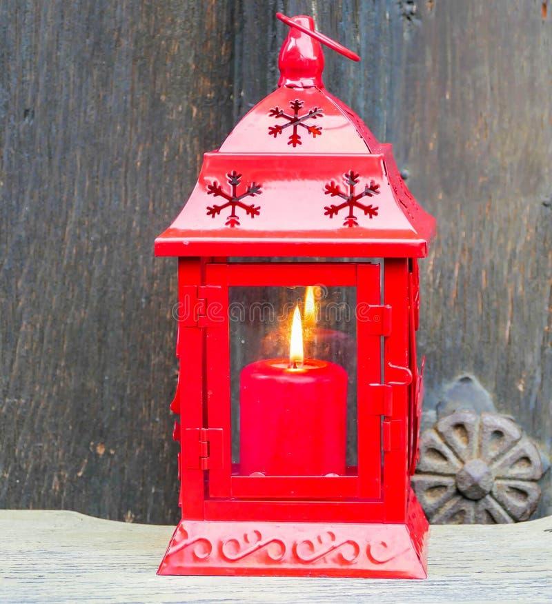 烛光蜡烛出现圣诞节红色 图库摄影