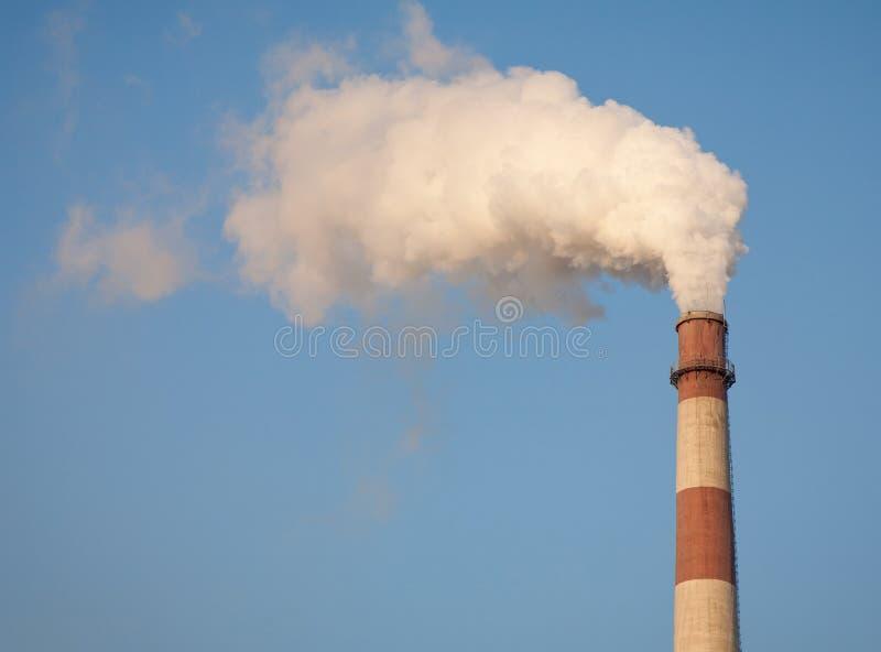 烟窗污染 免版税库存照片
