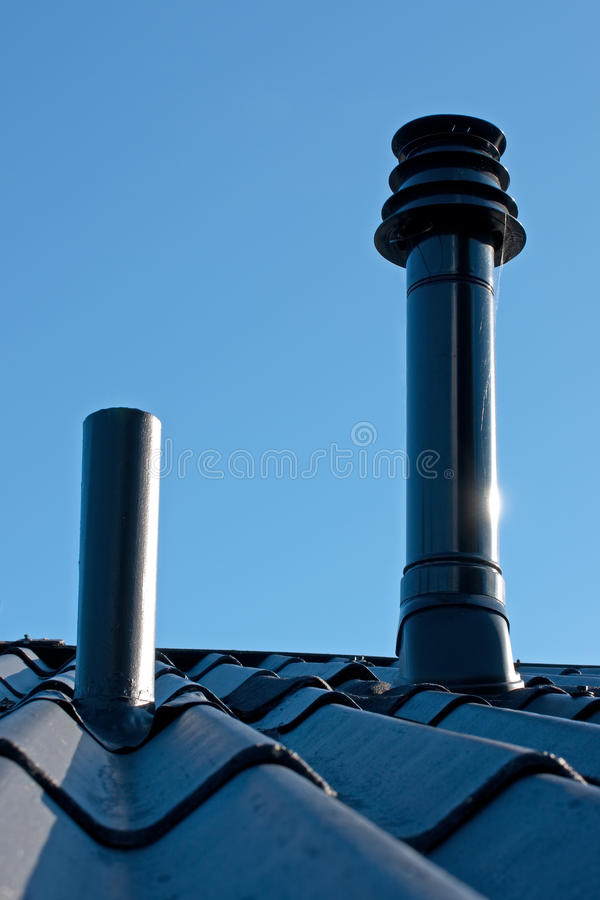 烟筒屋顶终端透气 免版税库存图片