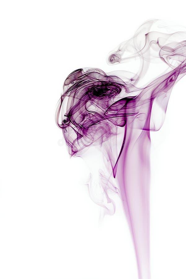 烟纹理白色背景图表资源黑暗的紫色颜色 库存图片
