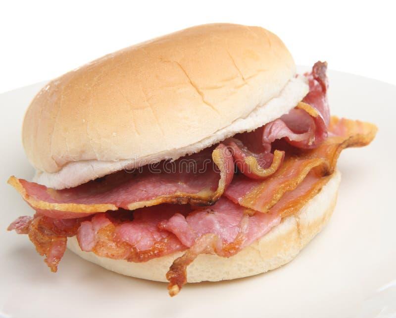 烟肉小面包早餐卷三明治 库存图片