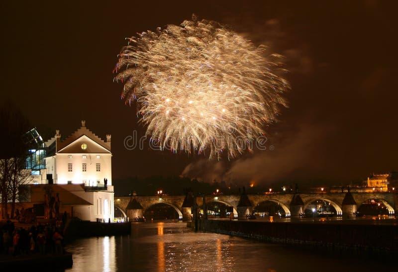 烟花新的布拉格年 免版税库存图片