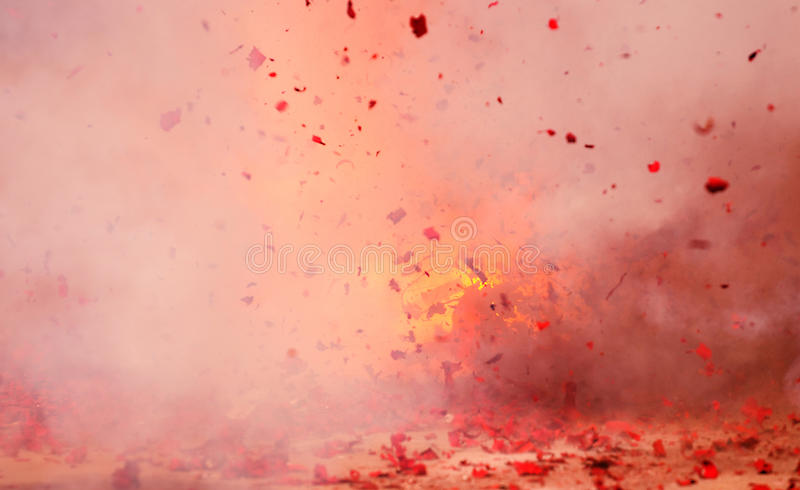 烟花爆炸红色 免版税库存照片